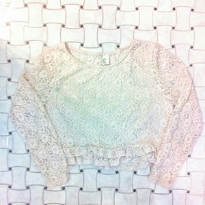 H&M Light Pink Lace Cropped Long Sleeve Shirt